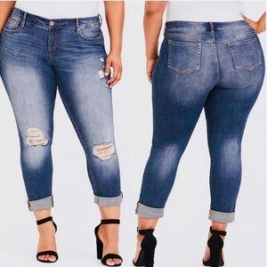 ❤️ Torrid Ex-Boyfriend Skinny Jeans Distressed 26